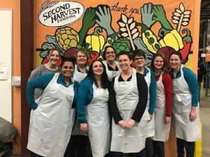 HR Operations volunteers at Second Harvest Food Bank in Madison, WI.